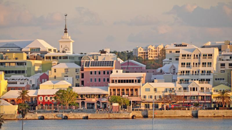 Munich Re backs Bermuda unit with $330m