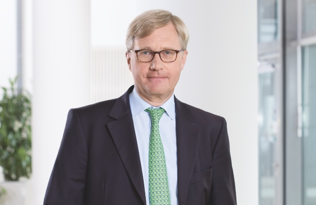 Low interest rates will drive longer hard market: Hannover Re's Pickel